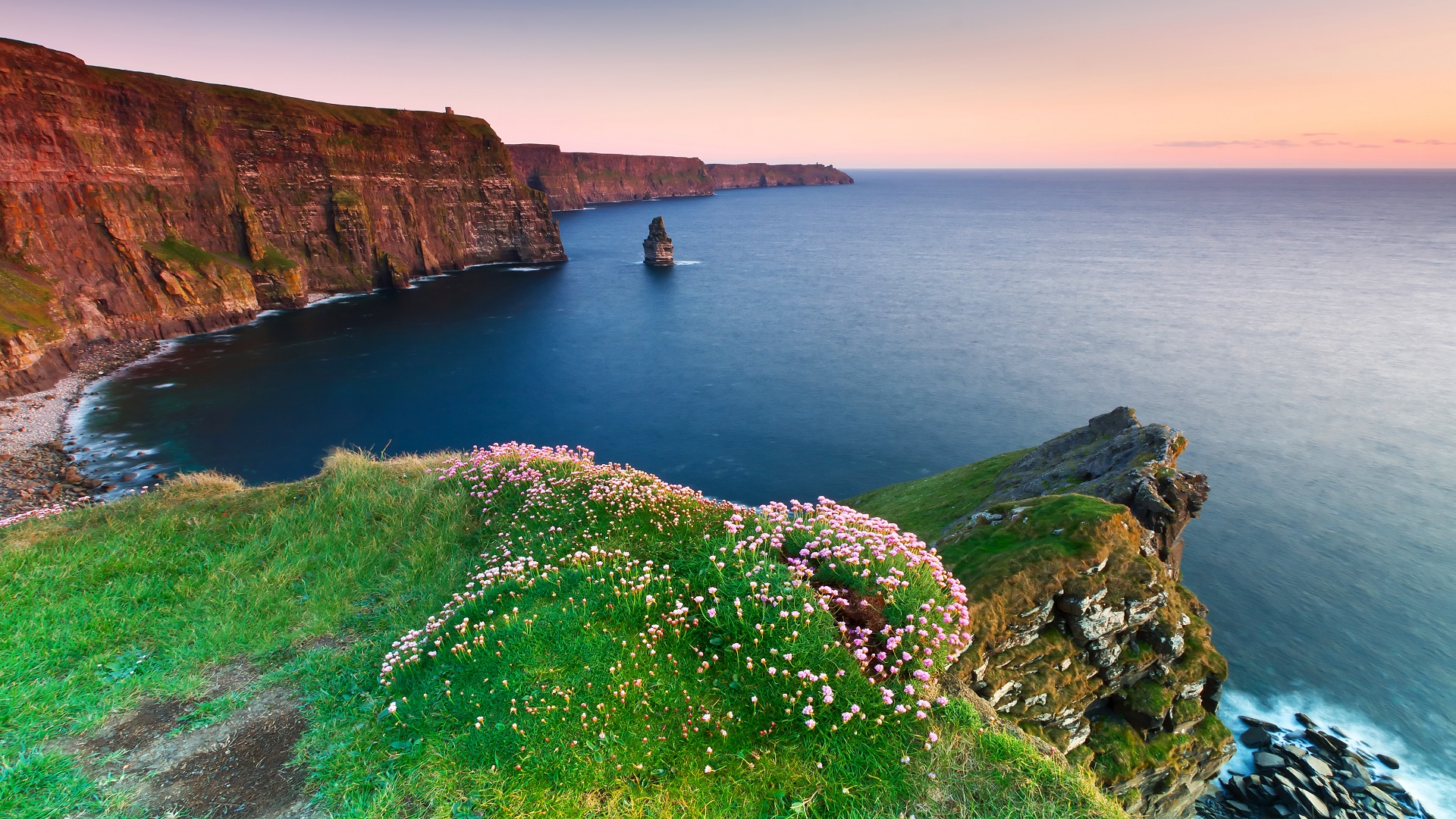 OLLI Travel Group Experiences the Beauty of Ireland